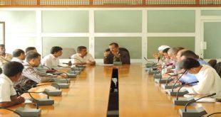 إجتماع بالحديدة يناقش سبل تحسين مستوى تحصيل الموارد المالية