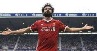 النجم المصري محمد صلاح يتوج بجائزة أفضل لاعب في الدوري الإنجليزي الممتاز