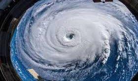 ناسا تنشر لقطات مخيفة لإعصار فلورنسا من الفضاء