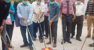 الحديدة : جامعة العلوم والتكنولوجيا تشارك في الحملة الوطنية للنظافة