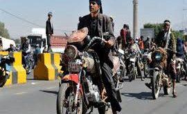 الدراجات النارية .. صديقة لنازحي الحديدة ، ولكن؟
