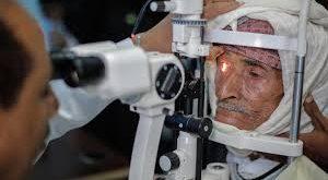 الحديدة: استمرار فعاليات المخيم الطبي المجاني للعيون بمديرية المنصورية