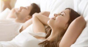 الرغبة الجنسية تتأثر بالشاشات.. كيف؟