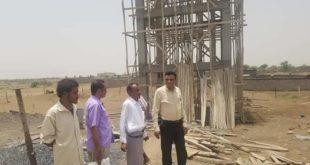 الحديدة:مدير عام مديرية المنصورية يتفقد سير العمل في بناء خزان مياه قرية دير صج