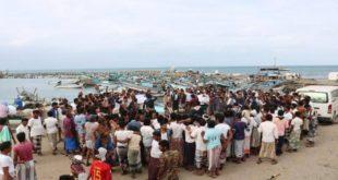 """صيادوا الحديدة يتظاهرون احتجاجا"""" على استهدافهم في البحر"""