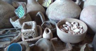 العثور على آثار ومقتنيات تاريخية خاصه بقرية سامر التاريخية بمديرية المنصورية بالحديدة ..